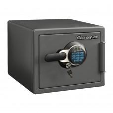 Огневодостойкий сейф SentrySafe SFW 082 GTC